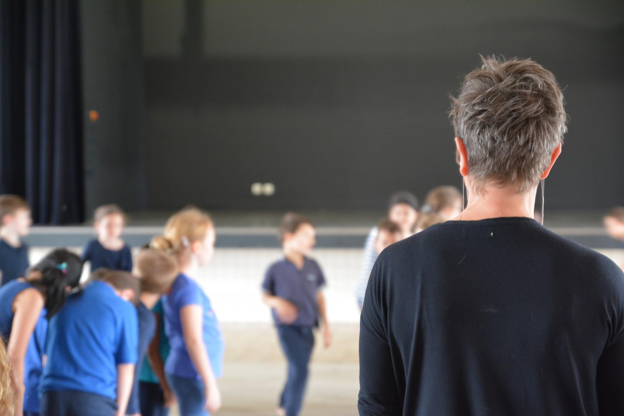 Cours de danse <br> <span class='orleans'>DãnCÏNG KÎďS</span>
